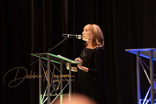 Bari Mears speaks to audience GOH21